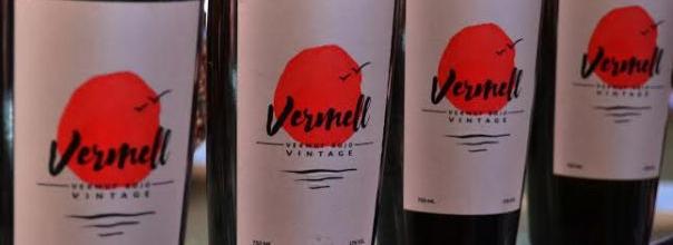 Vermut vermell, botellas de vermut